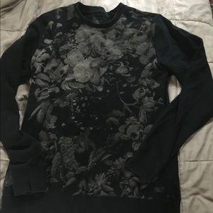 Pretty sweatshirt